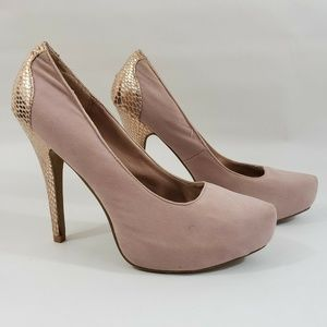 Charlotte Russe Size 8 Pink Pump Micro Suede